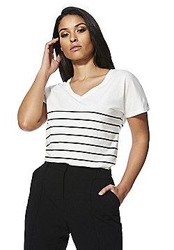 F&F Striped V-Neck T-Shirt - White/Black