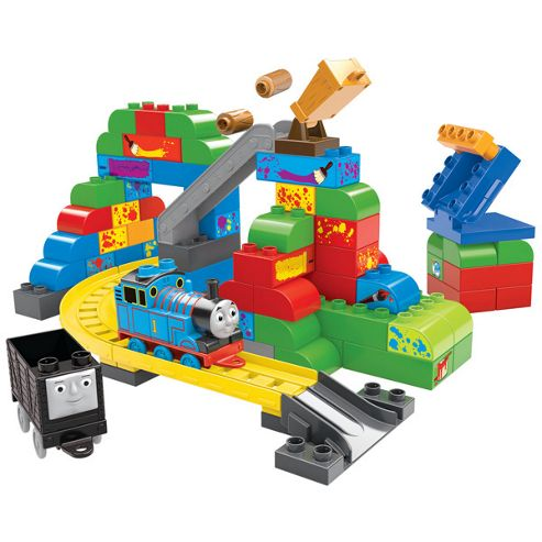 Mega Bloks Thomas and Friends - Thomas at the Sodor Paint Shop