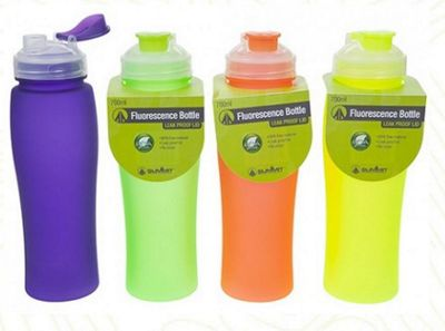 Summit 700ml Florescence BPA Free Bottle Green