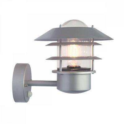 304 SS/Silver Pir Wall Lantern - 1 x 60W E27