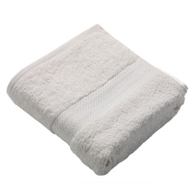 Homescapes Cream Luxury Bath Towel 500 GSM 100% Egyptian Cotton, 70 x 130 cm