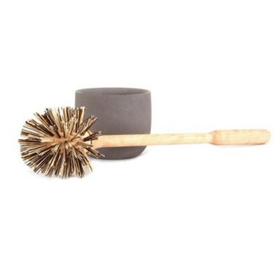 Iris Hantverk Birch Wood Toilet Brush and Soft Concrete Cup in Light Grey