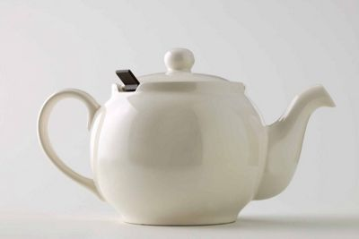 London Teapot Company Chatsford 6 Cup Teapot with Filter in Ivory 2000180