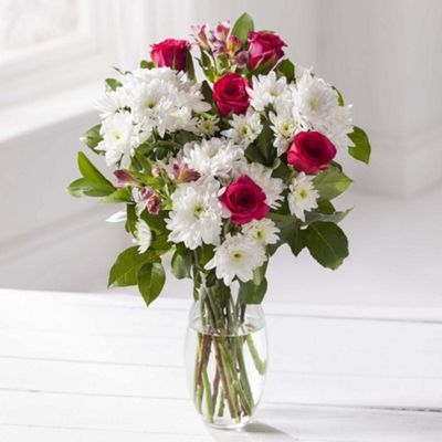 buy rose  white chrysanthemum floral bouquet from our birthday, Beautiful flower