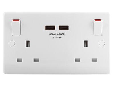 Masterplug 2 Gang Switched Socket Outlet + USB Charger 13 Amp