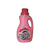 Reckitt Woolite Hand Wash 750ml