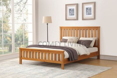 Comfy Living Solid Oak Bed Frame with Slatted Headboard Detail - Double Size 4ft6