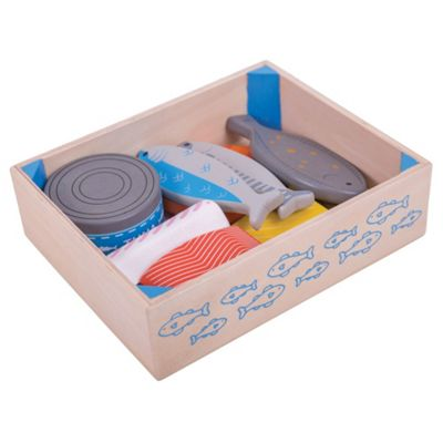 Bigjigs Toys Wooden Seafood Crate - Play Food and Role Play Toys