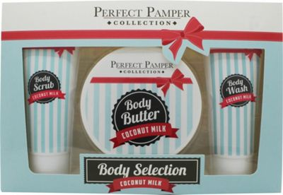 Perfect Pamper Coconut Milk Gift Set 100ml Body Scrub + 220ml Body Butter + 100ml Body Wash