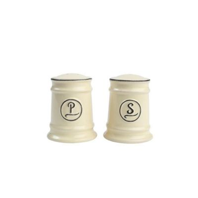 T&G Woodware Pride of Place Salt and Pepper Set in Old Cream 180312