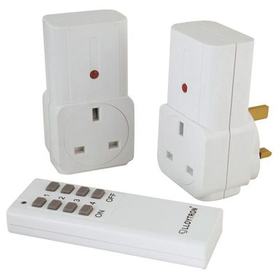 Lloytron A1210WH 2 Piece Remote Controlled Socket - White