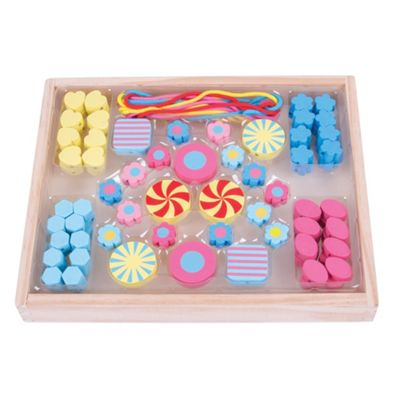 Bigjigs Toys Colourful Wooden Candy Bead Box - Arts and Crafts