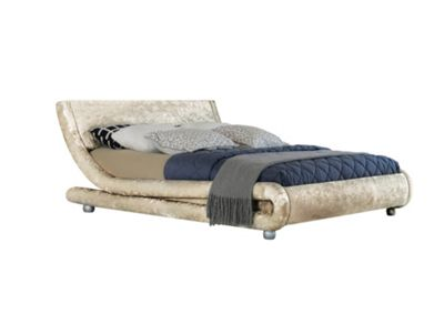 Comfy Living 4ft6 Double Crushed Velvet Curved Bed Frame in Cream with 1000 Pocket Damask Memory Mattress