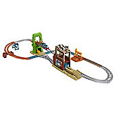 Thomas & Friends TrackMaster Scrapyard Escape Playset