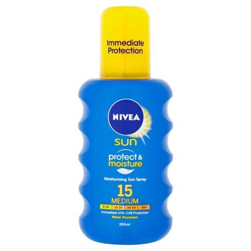 NIVEA SUN Protect & Moisture Moisturising Sun Spray 15 Medium 200ml