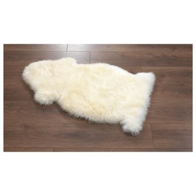 Bowron Sheepskin Rug Ivory