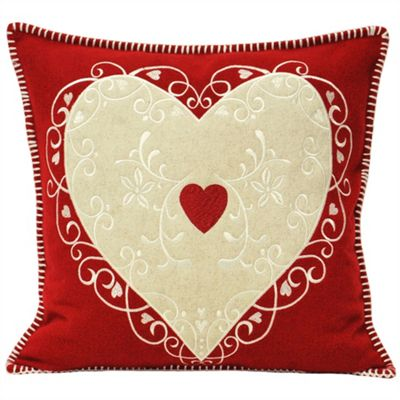 Riva Home Nordica Heart Red Christmas Cushion Cover - 45x45cm