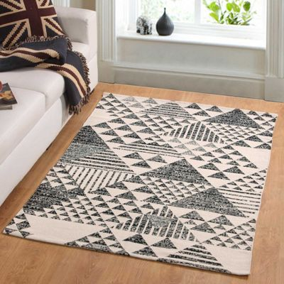 Homescapes Delphi Handwoven Black and White 100% Cotton Printed Triangular Pattern Rug, 66 x 200 cm