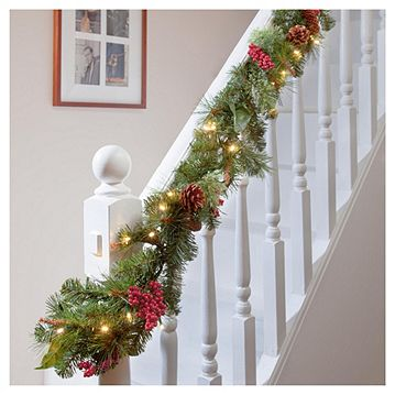Tesco 6ft Traditional Pine Cone Red Berry Christmas Garland With
