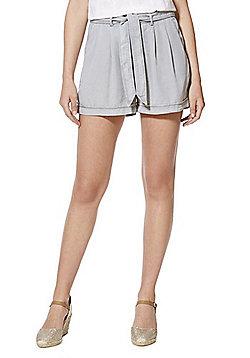 Vero Moda Tencel® Tie Waist Shorts - Grey