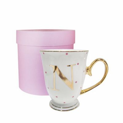 Bombay Duck Alphabet A to Z Spotty Mug Cup Gold Letter with Presentation Hat Box | Fuchsia Spots| Letter N