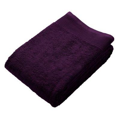Homescapes Grape Luxury Jumbo Towel 500 GSM 100% Egyptian Cotton, 95 x 180 cm
