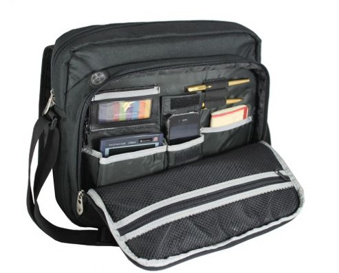 Falcon 15.6 inch Laptop messenger Bag, great for school or business