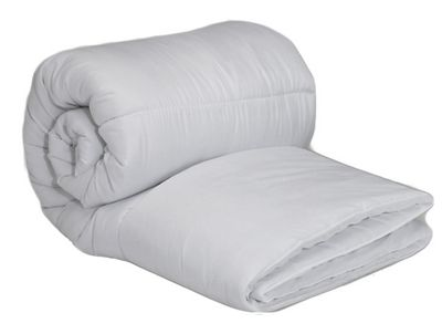 King Duvet 13.5 Tog Polycotton And Hollowfibre Filling