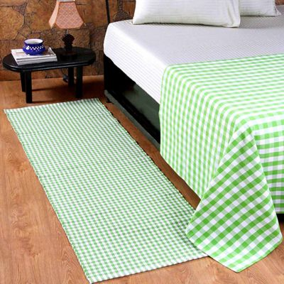 Homescapes Cotton Gingham Check Rug Hand Woven Green White, 66 x 200 cm