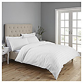 Fox & Ivy  Seersucker  Duvet Set - White