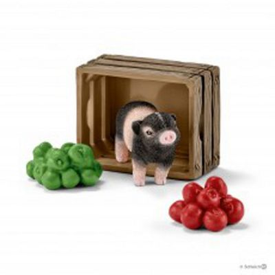 Mini Pig with Apples - 1:20 Scale