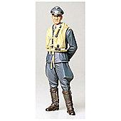 WW11 German Luftwaffe Ace Pilot - 1:16 Scale Military - Tamiya