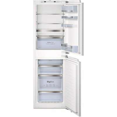 Bosch KIN85AF30G Frost Free 50-50 Integrated Fridge Freezer With HydroFresh Drawer