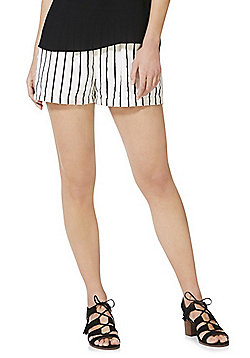 Vero Moda Linen Striped Shorts - Multi