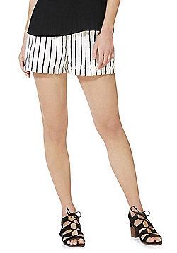 Vero Moda Linen Striped Shorts - Multi