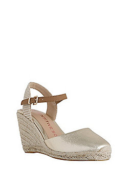 F&F Sensitive Sole Closed Toe Wedge Espadrilles - Metallic