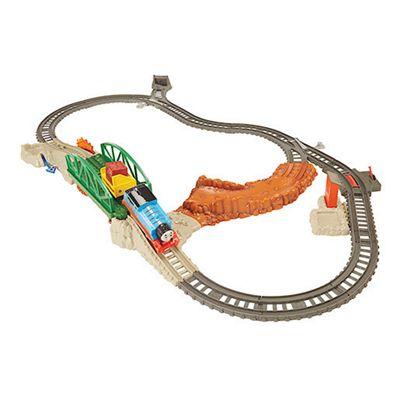 Fisher-Price Thomas & Friends TrackMaster Daring Derail Set