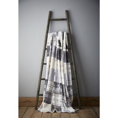 Catherine Lansfield Brushed Woodland Animals Throw