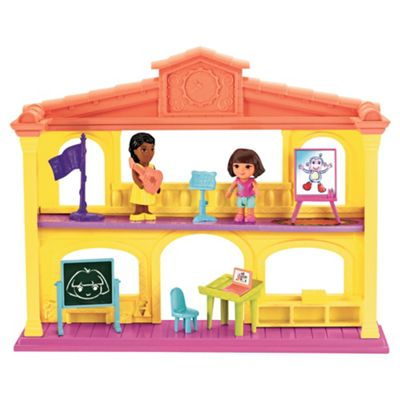 Dora the Explorer Playtime Together Schoolhouse