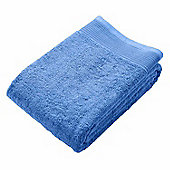 Homescapes Blue Luxury Jumbo Towel 500 GSM 100% Egyptian Cotton, 95 x 180 cm