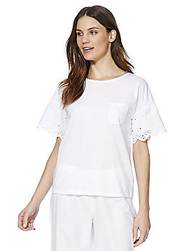 F&F Broderie Anglaise 3/4 Length Lounge Set - White