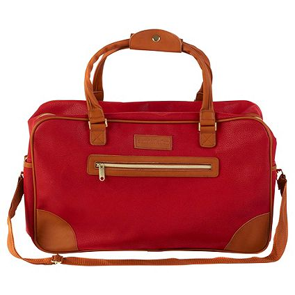 Save 25% on selected Holdalls