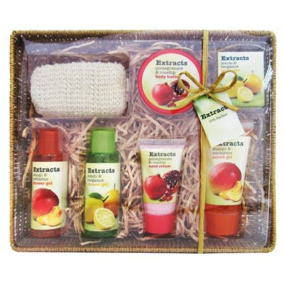 Extracts Gift Basket