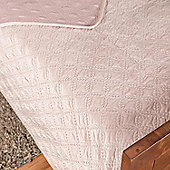 Homescapes Luxury Dusky Pink Quilted Velvet Bedspread Geometric Pattern 'Eternity Ring' Throw, 200 x 200 cm