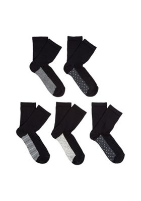 F&F 5 Pair Pack of Monochrome Sole Ankle Socks One Size Black