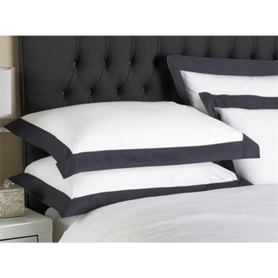 Riva Home Harvard Oxford Pillowcase - Navy