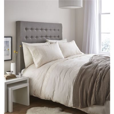 Catherine Lansfield Classic Lace Bands Cream Duvet Cover Set - Single
