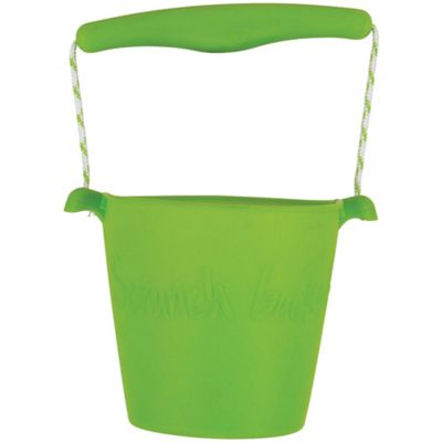 Scrunch Bucket (Green) - Sand and Beach Toys