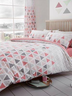 Geo Triangle Single Duvet Cover And Pillowcase Set - Pink
