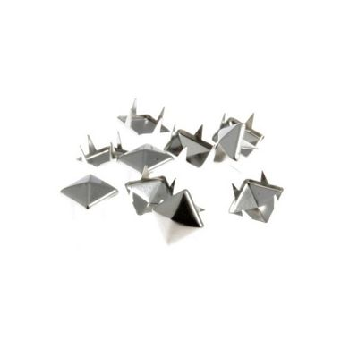 Impex Silver Pyramid Claw Studs 9 x 9mm 30pk